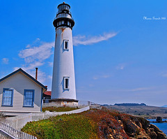 THE LIGHTHOUSE (mariagrandi985) Tags: lighthouse ocean cliff rocks sky fence whithfence clouds window blue somethingblue chimney outdoor landscape seascape cmwdblue mariagrandi985 sea