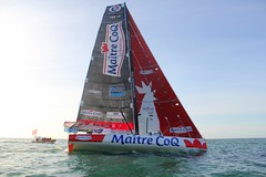 2015-10-25 Jérémie Beyou et Philippe Legros - Imoca Maître CoQ - Départ Transat Jacques Vabre - Crédit Photo Nicolas Goinard 2231 (Imoca Maître CoQ) Tags: ocean sea mer alone sailing skipper depart sailor voile solitaire lehavre 海洋 2015 beyou 帆船 singlehanded navigateur imoca transatjacquesvabre jérémiebeyou jeremiebeyou maitrecoq philippelegros maitrecoqvoilecom teammaitrecoq oceanmasters imocamaitrecoq voilemaitrecoq