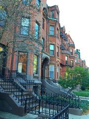 Commonwealth Avenue (mademoisellelapiquante) Tags: autumn boston architecture massachusetts newengland bostonma brownstone commave commonwealthavenue