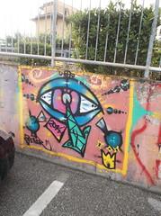314 (en-ri) Tags: muro eye wall writing graffiti pisa arrow occhio 2014 zener