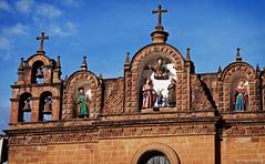 Catedral del Cusco (oeyvind) Tags: peru cuzco cusco perú per plazadearmasdelcusco catedraldelcusco catedralbasílicadelavirgendelaasunción xf50140mm