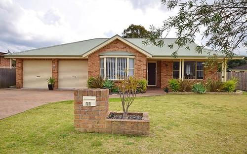 11 Illawarra Circuit, Worrigee NSW 2540