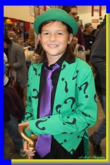Comic-Con Riddler (PhotoJester40) Tags: indoors inside comiccon girl female charater riddler amdphotographer