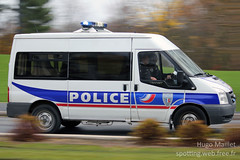 Police Nationale | Ford Transit (spottingweb) Tags: spotting spotted spotter spottingweb véhicule vehicle france van fourgon camion camionnette fourgonnette police policenationale policier forcedelordre sécurité secours urgence intervention gyrophare policeman security cop cops copcar 17 ford transit ps policesecours carps