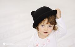 swietliste-fotografujemy-emocje-fotografia-rodzinna-Bydgoszcz-portret-dziecka-kapelusz