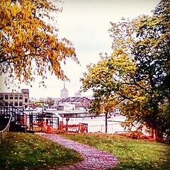 upload (Shan Jeniah) Tags: instagramapp hefe albanyny history schuylermansion unscchooling cityscapes autumn architecture shanjeniahburtonwriter lovelychaos