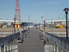 Filming Location Requeim for a Dream , The Pier Where you See Harry. Q Train to Coney Island New York November 2016  (11) (Richie Wisbey) Tags: requiem for dream filming location harry pier sequence coney island beach brooklyn new york q train stillwell avenue