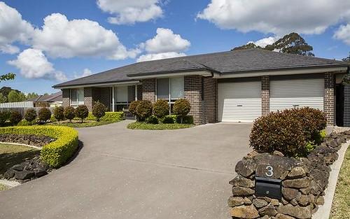 3 Skye Pl, Bundanoon NSW 2578