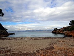 Cala Blava (Cala Mosques), Mallorca, Spanien (Anne O.) Tags: 2015 balearischeinseln illesbalears sarenal spanien panoramio6954847125611421 calablava394869852736934 googleplacecnrmaaaa54ezeyjiuabs6l0xjteln6wkcbxr6ohuf549vxrn googleplacecnrmaaaa54ezeyjiuabs6l0xjteln6wkcbxr6ohuf549vxrnncpapwmrqcnl0es9gycffnqbspdef4hn9on4e6ov1e0e4ulyovpd9jwdkwheo12dsmnx2qe7nyhnhqwrbqcztq55wwegw0opq5h0dxiqlcurj2q01hkzqfskygrzuhouzsucxjnmqt9cfnfzhcitvkcxii