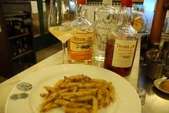 penne pecora e punch luca picchi (burde73) Tags: cocktaildinner lucapicchi burde miscelato ricetta recipe armagnac cassis champagne gin panarea sagna mixology