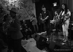 Dancing to Whitney Rose (sevres-babylone) Tags: ©jmartinsevresbabylone toronto cameronhouse queenstreetwest countrymusic dance whitneyrose singer ricoh grii 161126215651efexcr72800a alexpangman coloneltom