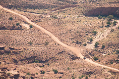 Dirt Road (derekbruff) Tags: canyonlands jeep shafercanyon utah dirtroad nationalpark overlook
