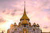 Wat Traimit – The Temple of the Golden Buddha at sunset (luongphoto) Tags: luongphoto luongphotography wat trimit goldentemple thailand bangkok asia travel tourist vacation temple sunset