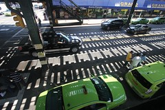 Trestle Shadow (Vidiot) Tags: nyc shadow nycpb train shadows cab taxi taxis queens astoria cabs taxicabs 30thave