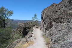 Trail shot (rozoneill) Tags: california park hiking salinas national valley soledad pinnacles hollister wsweekly150