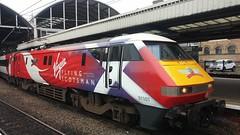 Virgin Trains Class 91101 Flying Scotsman (Uktransportvideos82) Tags: flyingscotsman virgintrains 91101 virgintrainseastcoast