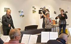 Madrigal de Nîmes en répétitions -  IMG_5678 (6franc6) Tags: 30 languedoc gard madrigal orchestre tf1 choeur 2015 église nîmes décembre 6franc6 madrigaldenîmes