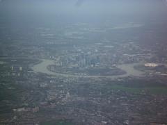 201511120 BA172 JFK-LHR London (taigatrommelchen) Tags: 20151145 uk london boroughoftowerhamlets aerial air view photo icon city river thames airplane inflight baw