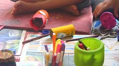 IMG_7055 (Vitor Nascimento DSP) Tags: party brazil brasil kids cores children diy kid arte handmade colorfull sopaulo artesanato artesanal oficina sp workshop criana festa crianas reciclagem pulseiras pulseira almofada 011 brincando infncia brincadeira criao colorido desenhando pintando educao criatividade almofadas festainfantil reutilizao crianasbrincando faavocmesmo festaemcasa arteca