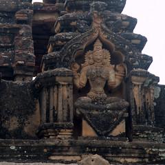 Terracotta goddess (VinayakH) Tags: bhoganandeeshwaratemple karnataka india temple nandihills chikkaballapura chola ganga hoysala tipusultan religious historic