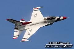 700 MPH Jet Pass - F16 Thunderbird Sneak Pass (Hector A Rivera Valentin) Tags: 700 mph jet pass f16 thunderbird sneak thunderbirds 2016 san juan puertorico pr prias