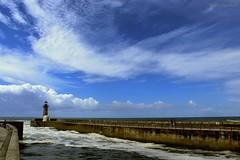 Love sea (IVAN 63) Tags: fozdodouro oporto portugal porto portogallo sea beach bay sky