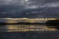 Stunning Crepuscular Rays. (strangequark77) Tags: crepuscular rays meteorology