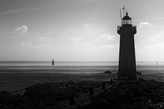 Au phare (david49100) Tags: 2016 loireatlantique octobre saintnazaire villesmartin d5100 lighthouse nikon nikond5100 phare