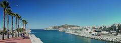 2016-11-05 01.28.27 (anyera2015) Tags: ceuta canon canon70d panorama panormica puerto baha
