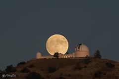Super Moon (FollowingNature (Yao Liu)) Tags: lickobservatory mthamilton sanjose california supermoon fullmoon moon moonrise nikon500mmf4