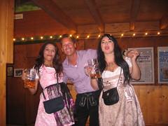 Oktoberfest 2016 (Stono) Tags: oktoberfest germany munich stein dirndl lederhosen beertent