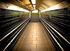 Regents Pk Underground (Jerry Tremaine Photography) Tags: green london underground steps perspective tiles flickrlove regentspk platinumheartaward 100commentgroup flickraward