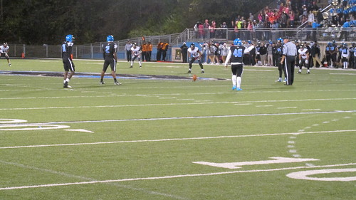 "Woodland hills vs Upper Saint Clair • <a style=""font-size:0.8em;"" href=""http://www.flickr.com/photos/134567481@N04/21731378489/"" target=""_blank"">View on Flickr</a>"
