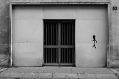 1511_Urban Graffiti_1420 (UrBert) Tags: door urban bw graffiti writers porta urbani