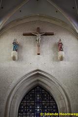 olv_over_de_dijlekerk_14 (Jolande, kerken fotografie) Tags: belgie belgi ramen kerk mechelen glasinlood orgel architectuur jezus kruis vlaanderen preekstoel altaar olvoverdedijlekerk