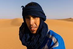 Men of the Desert - Youssef (.sl.) Tags: dsert maroc people portrait sahara morroco desert sand guide dune blue man berbere