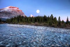 Opposites Attract (RH Miller) Tags: rhmiller reedmiller landscape moon mosquitocreek banffnationalpark canada
