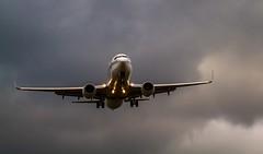 Brussels airport Zaventem (Sas & Rikske) Tags: brussels airport zaventem spotting plane ericbruyninckx riksketervuren canon 7d 100400 sky clouds storm wind landing sunset avion