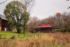 A Creek Runs Through It (sdl39hogger) Tags: wsor watco wisconsinsouthern reedsburgsub lodi wisconsin emd electromotivedivision sd402 autumn autumncolor