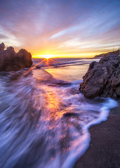 Leo Carrillo State Beach (Eric Zumstein) Tags: leocarrillostatebeach sunburst clouds sky beach ocean seascape