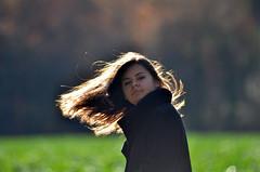 Cheveux de lumière (maxguitare1) Tags: contrejour backlight controlaluce contralaluz jeunefille muchacha ragazza younglady cheveux hair pello capelli france nikon