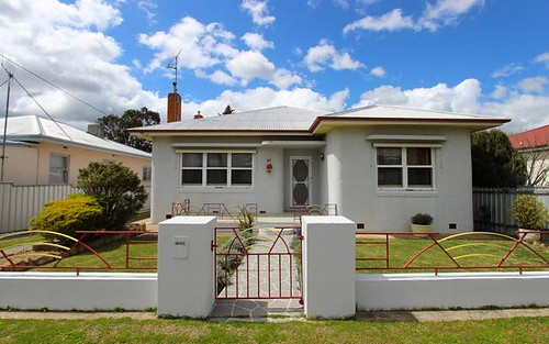 90 Bant Street, South Bathurst NSW 2795