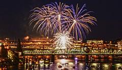 Portland Oregon Fireworks DSC_9406 (JKIESECKER) Tags: fireworks orange blue purple river portland oregon willamettevalley willametteriver portlandoregon citylife cityscapes cityscenes