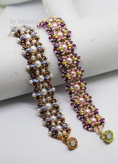 Althea (BeeJang - Piratchada) Tags: beadweaving beadwork beading beaded superduo pearl swarovski jewelry handmade bracelet gold golden miyuki blue copper purple
