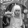 Sad Doll (Frankhuizen Photography) Tags: sad doll beeldig lommel 2016 belgium living statue international internationaal levendebeelden festival limburg zwart wit zw black white bw monochrome straat street fotografie photography frankhuizen girl meisje