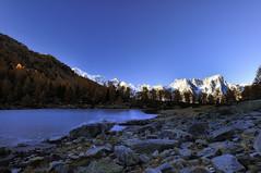 Lago d'Arpy e massiccio del Monte Bianco (kini_b) Tags: italy montebianco montblanc autunno autumn