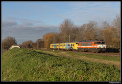 LC 9904 + 904 - 70450 (Spoorpunt.nl) Tags: locon 9904 stichting mat64 904 plan v overbrenging trein 70450 delft zuid 3 december 2016