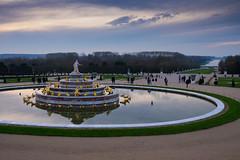 Chateau de Versailles, Paris (J. Tang) Tags: paris france eurotrip europe chateau versailles sunset clouds fountain gold fujifilm xt1 23mm