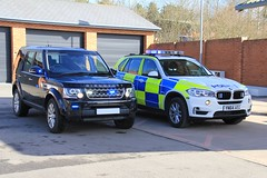 South Yorkshire Police Traffic Cars (PFB-999) Tags: car disco traffic offroad 4x4 south yorkshire 4 police 4wd rover covert land bmw vehicle leds roads discovery grilles unit x5 unmarked rpu lightbar policing syp fendoffs yn64aeg
