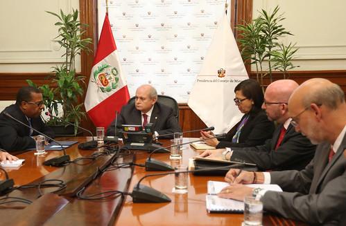 Presidente del Consejo de Ministros, Pedro Cateriano Bellido, en reunión con la Ministra de Relaciones Exteriores, Ana María Sánchez Vargas, y el Embajador de Estados Unidos, Brian Nichols